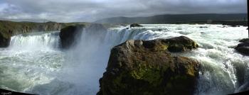 PANORAMICA DEL SALTANT GODAFOSS  – NORD D'ISLANDIA