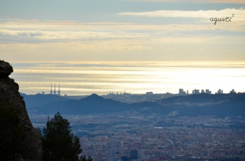 Mar i Barcelona desde la Mola