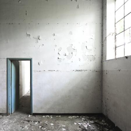 lighting the door
