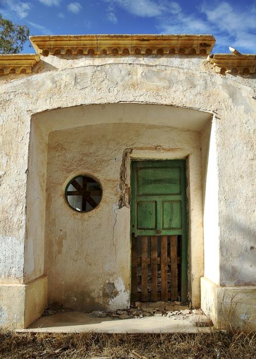 puerta de un minero