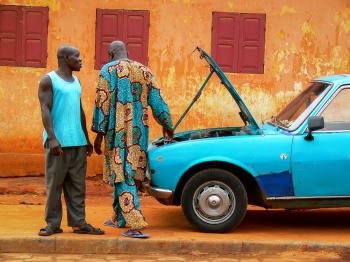 El Peugeot azul. Benín 2010.