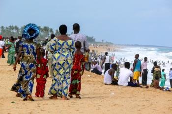 Fiesta en la playa de Grand-Popo. Benín 2010.