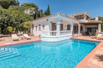 Marbella sotogrande photographer real estate interior villas apartment