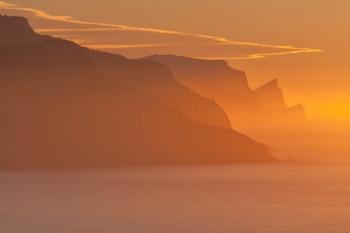 Puesta de sol, marina de Banyalbufar. Costa norte, Mallorca
