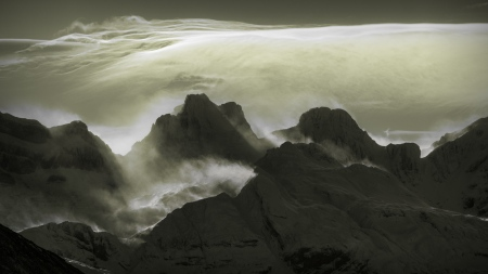 Nubes de viento sobre el Aspe