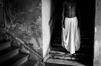 cuban dancer without face, cuban photography fine art by louis alarcon