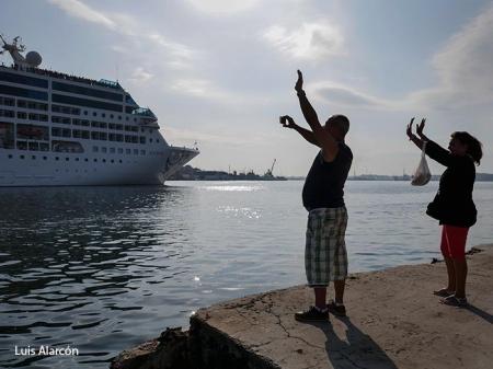 First American cruise in cuba 1