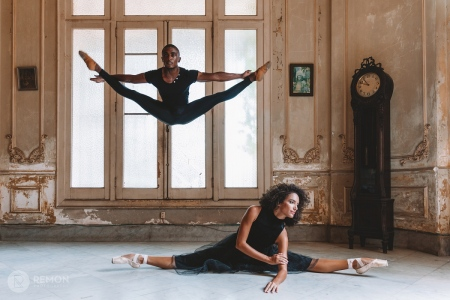couple of cuban ballet dancers in a colonial house