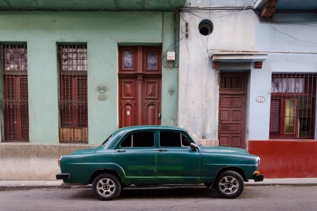 old cars in cuba 7, cuban workshops led by louis alarcon