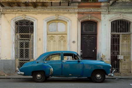 old cars in cuba 9, cuban workshops led by louis alarcon