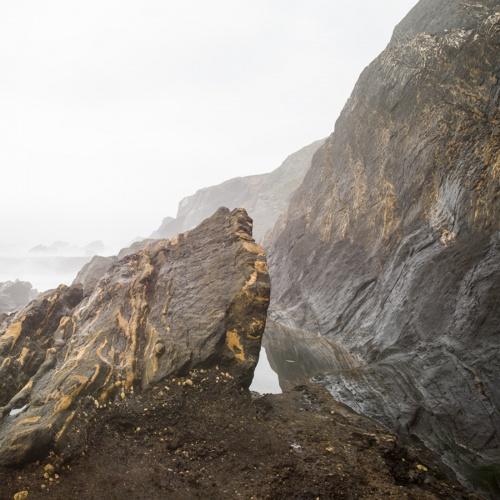 """ playa negra en dia de niebla "".-black beach on foggy day ""-. 2018"