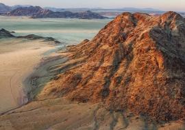 Desierto de Namibia al amanecer
