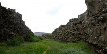 ESCLETXA  (AMERICÀ DEL NORD – PLACA EUROASIÀTICA) - PARC PINGVELLIR – ISLÀNDIA