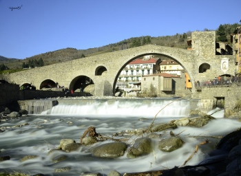 Pont al riu Ter - Camprodon Comarca del Ripolles Girona