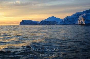 Creación Inmensa - Icebergs desprendidos del glaciar Sermeq Kujalleq, Bahía de Disko, Greenland. Edición: 10/10 + 2P/A
