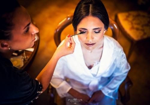 Artesano de la Luz - Fotografia de boda - detalle del maquillaje de la novia