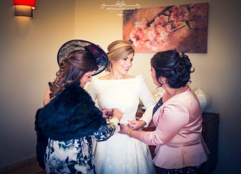 Artesano de la Luz - Fotografia de boda - preparando a la novia