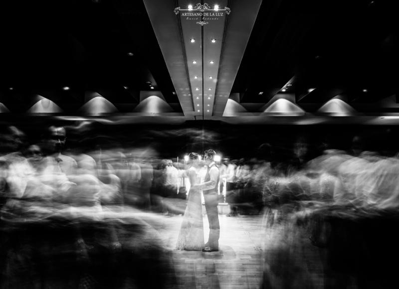 Artesano de la Luz - fotos de boda en el baile de los novios