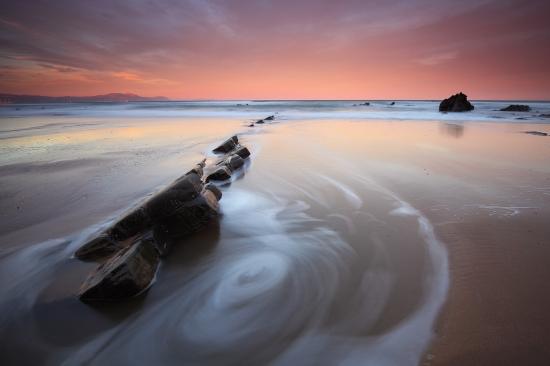 Playa de Barrika al amanecer.  Iñaki Bolumburu