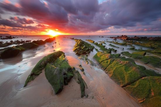 Playa de Barrika al atardecer.  Iñaki Bolumburu