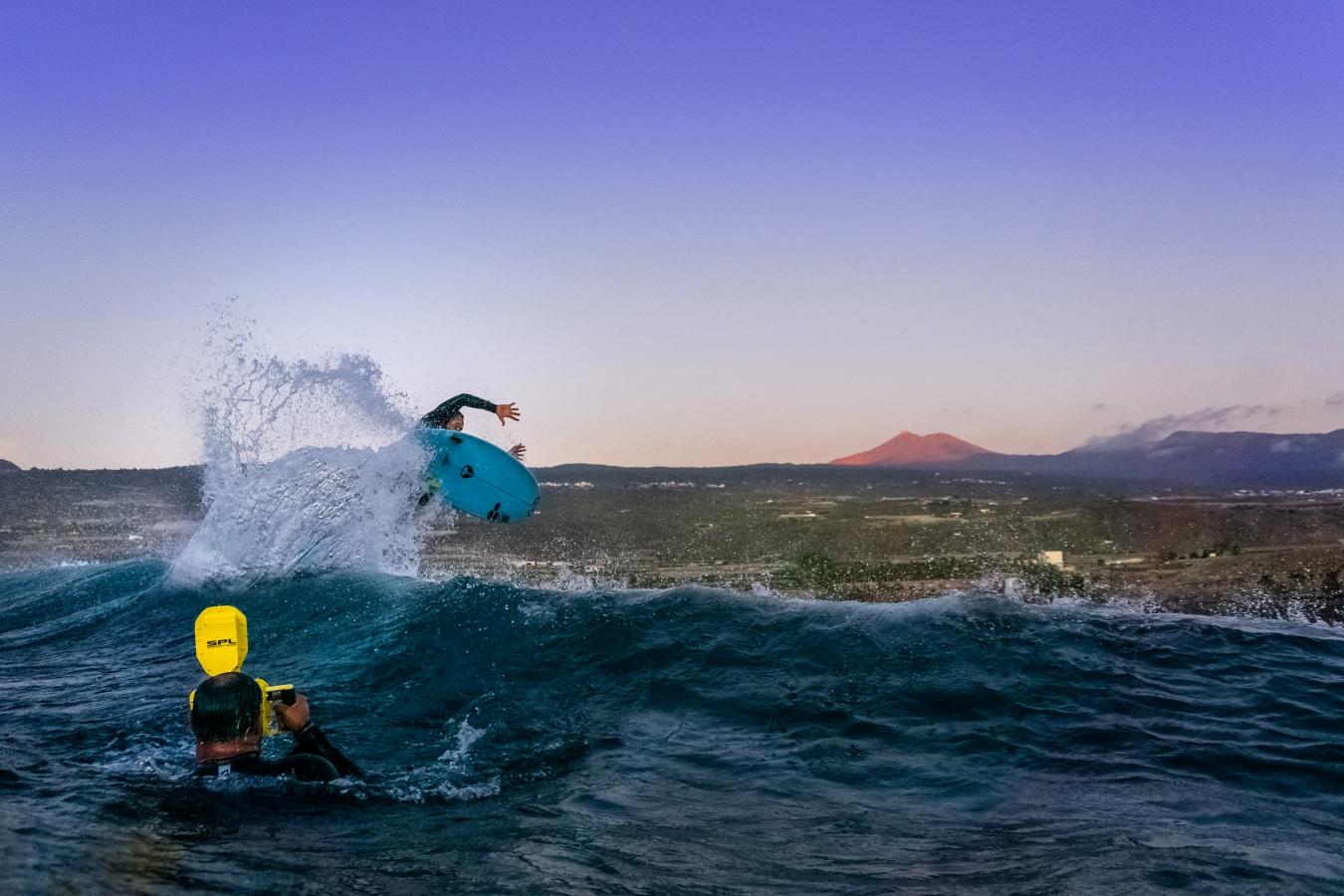 Jonathan González. Alcalá. Tenerife. Foto _ @benholland.photo - Behind the lens - JOSE V. GLEZ