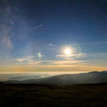 Vía Láctea Perseida y Luna