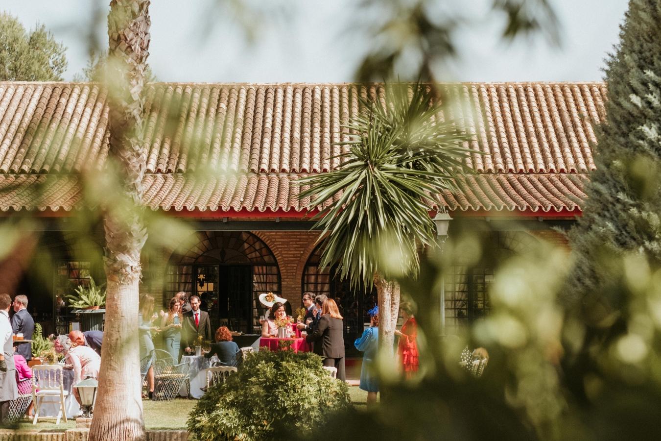Boda en Sevilla - Finca Al-Yamanah - La niña del hoyuelo, Fotografia