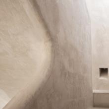 Villa Senses Marbella fotografía de arquitectura  un espacio construido donde las curvas, texturas y líneas te transportan a la naturaleza