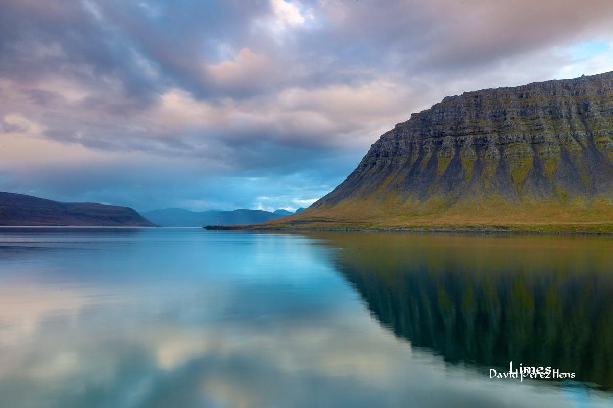 Fiordos del Oeste - Islandia. - Limes , David Pérez Hens