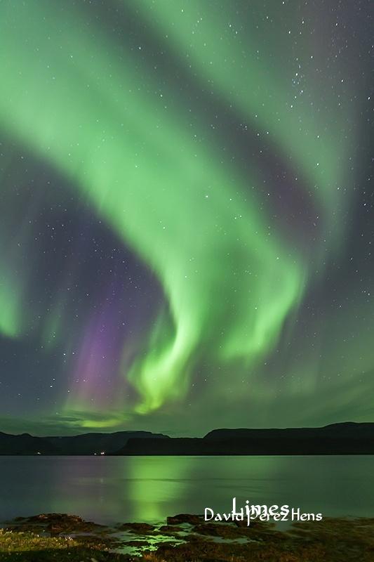 Aurora, fiordos del oeste  - Islandia. - Limes , David Pérez Hens