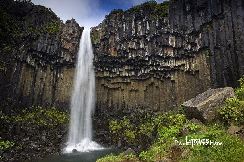 Svartifoss. Skaftafell. Imagen David Pérez Hens - Islandia. - Limes , David Pérez Hens