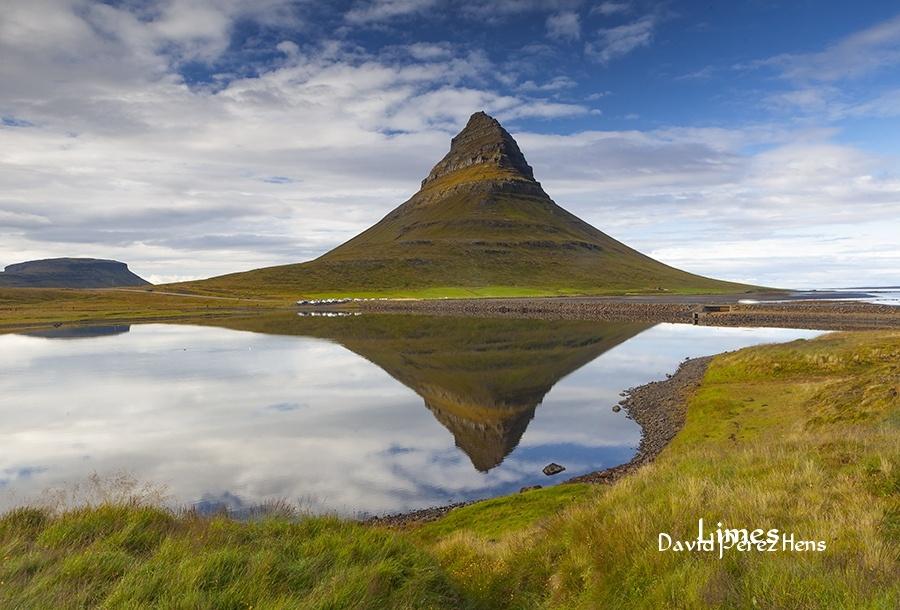 Kirkjufell - Islandia. - Limes , David Pérez Hens