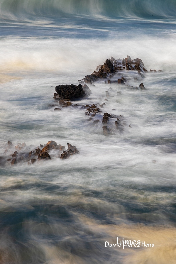 jugando con el temporal - Portugal. - Limes , David Pérez Hens