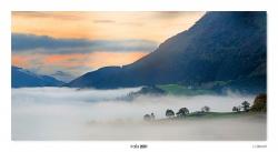 01-Dawn in the fog.