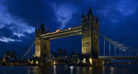 Landscape Tower Bridge