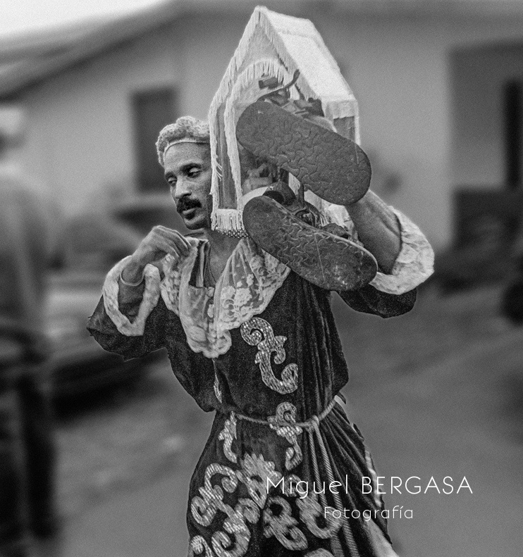 El Cristo Negro de Portobelo . Panamá  - Miguel BERGASA, Fotografía
