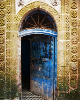 Half-opened door | 2010 | Marrakech, Morocco