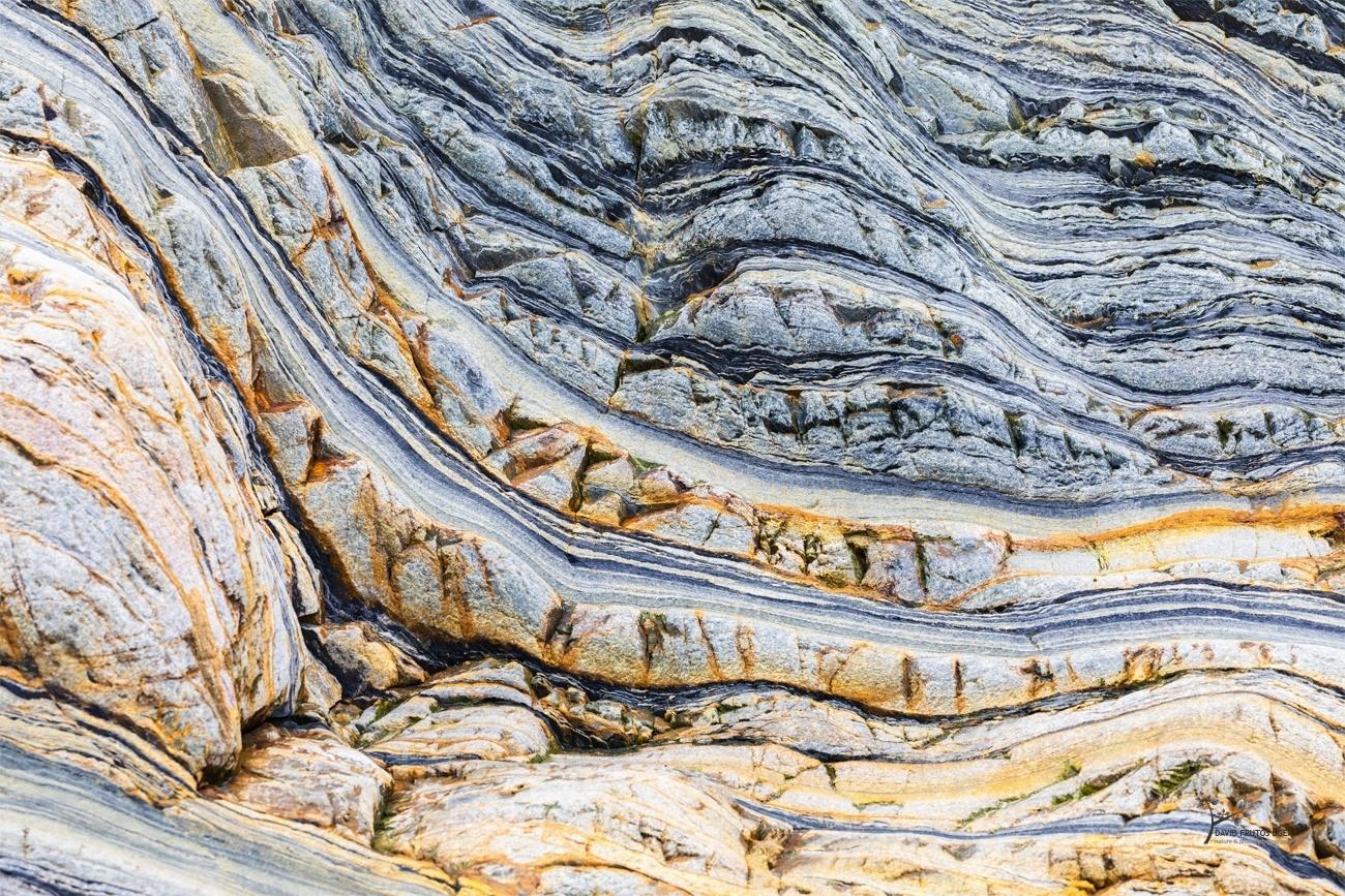 Gold `n' Blue - Escrito en la Roca - David Frutos Egea | Modeladas en piedra.