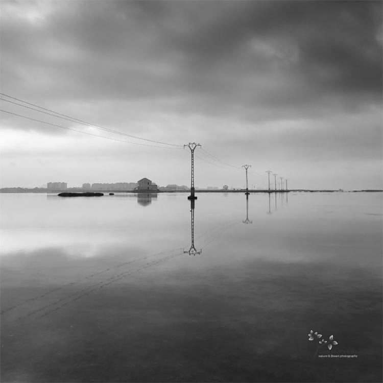 The House on the Lake - B&N - David Frutos Egea | Fotografías en Blanco y Negro