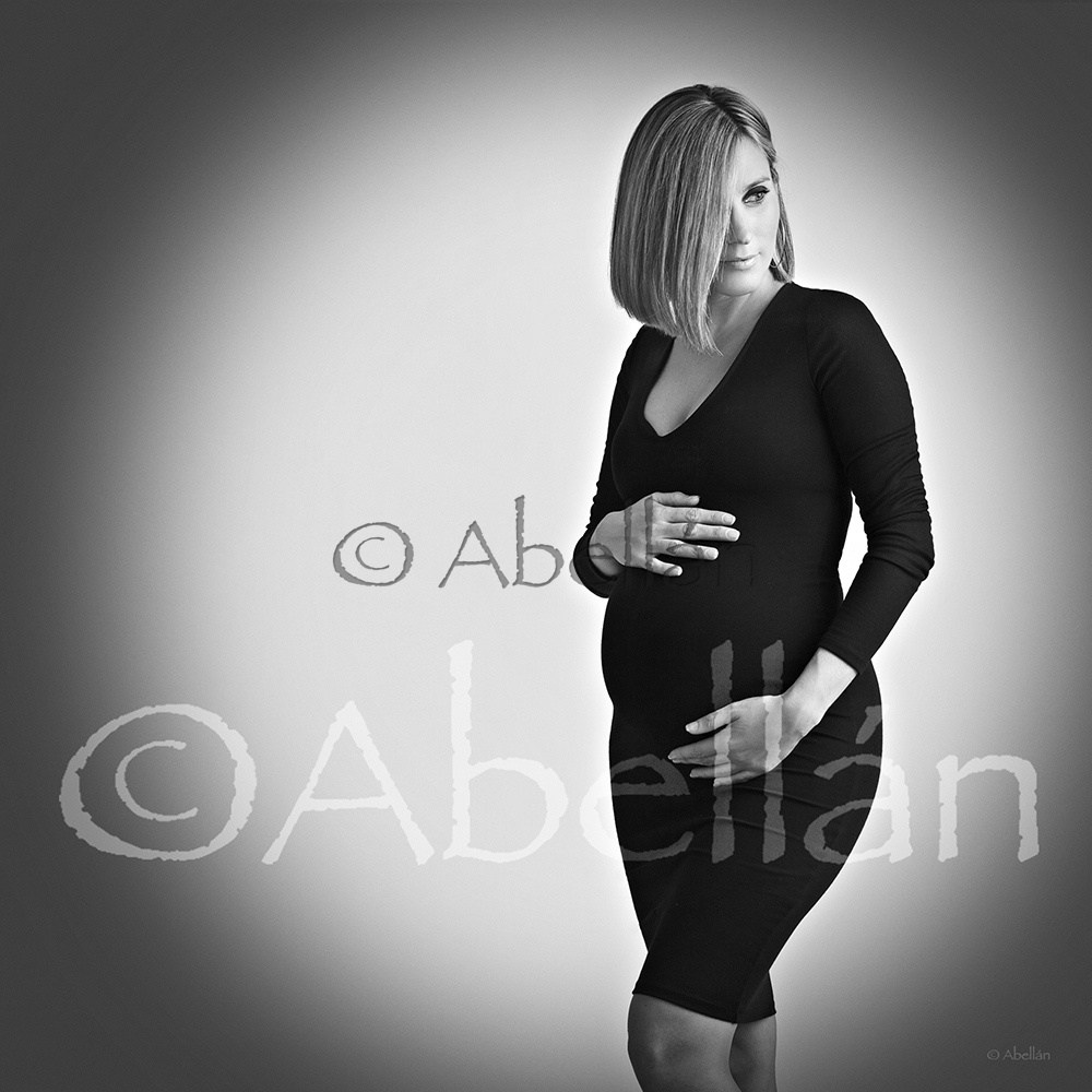 Embarazada ©Abellán Estudio fotográfico, fotógrafos Murcia.  - Embarazo - Embarazo / embarazada  Fotos Abellán Estudio fotográfico, fotografos Murcia.