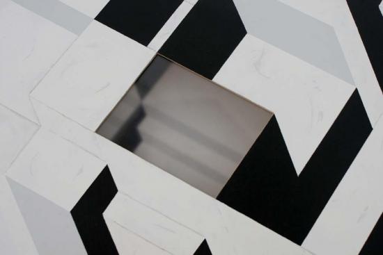 Transportable residence /  Wood, plexiglas, synthetic paint / 110x50x50 cm