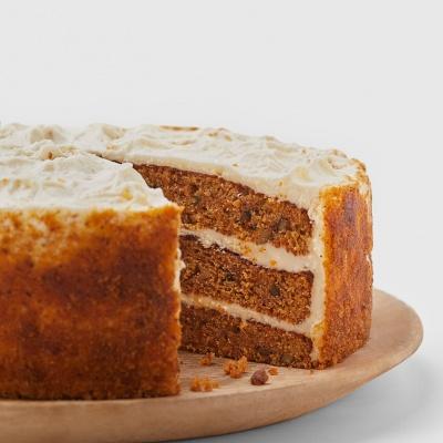 Fotografía gastronómica de la tarta de zanahoria dede Starbucks
