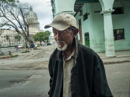 streets of havana with chineses, pictures and photos of last chineses in cuba