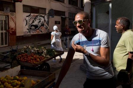 photo essays of street photography in Havana, Cuba