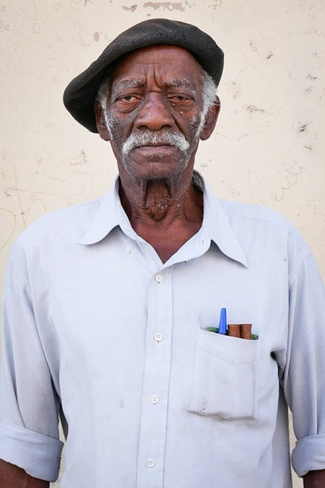 cuban portraits of old man 1 in photo travels to cuba with louis alarcon