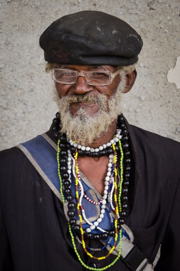 cuban portraits of old man 14 in photo travels to cuba with louis alarco