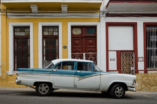 old cars in cuba 8, cuban workshops led by louis alarcon