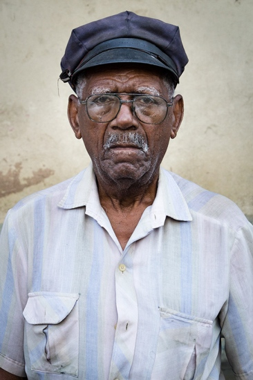 cuban portraits of old man 8 in photo travels to cuba with louis alarcon