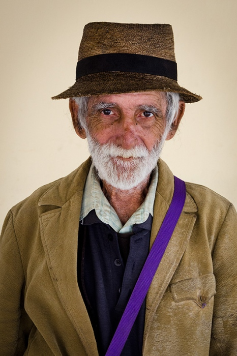 cuban portraits of old man 4 in photo travels to cuba with louis alarcon