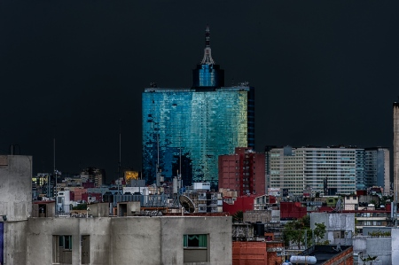 World Trade Center Ciudad de México - Guillermo Rossell de la Lama, Joaquín Álvarez Ordóñez y Ramón Miquelajauregui (México DF - México)